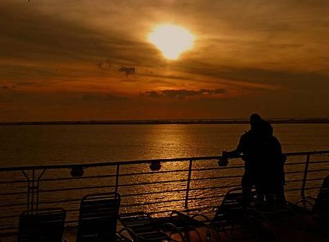 Gary Wonning - Sunset in Paradise