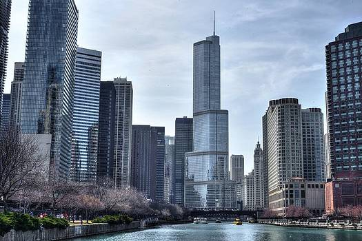 Chicago river  by Patrick  Warneka