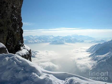 Glacier 3000 by Kate Stoupas