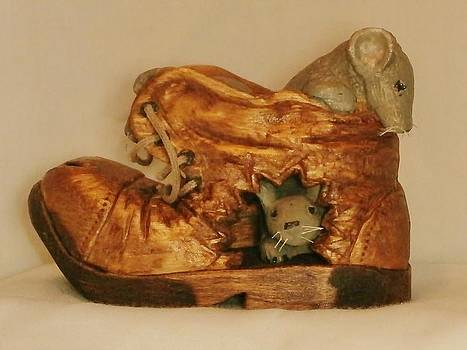 3 Mice in Shoe by Russell Ellingsworth