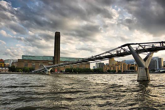 Millennium Bridge by Pier Giorgio Mariani