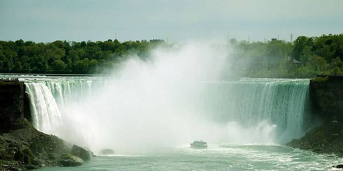 Niagara by Joel Patric