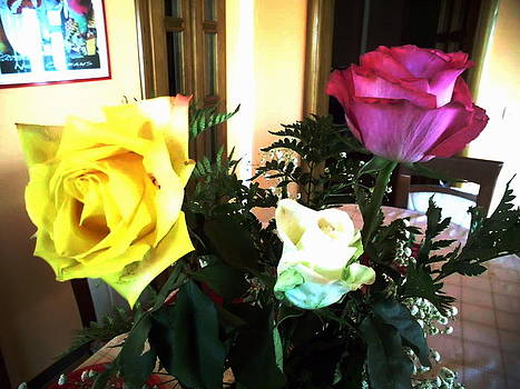 3 Roses by Ghee Flores