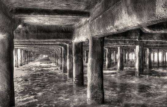 Fizzy Image - waves crashing in underneath the pier