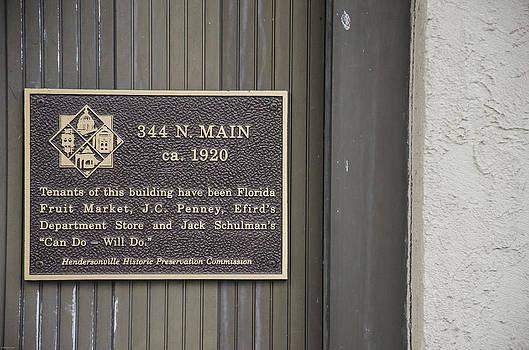 334 N. Main ca. 1920 by Wesley Corn
