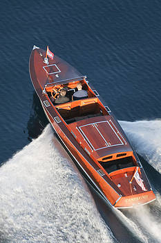 Steven Lapkin - Chris-Craft Aerial