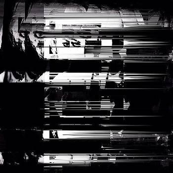 #glitchin by Eduardo Fernandes