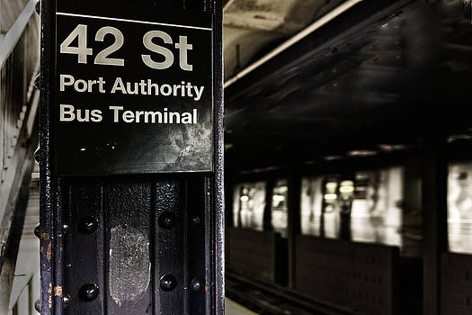 42 ST subway. by Dick Wood
