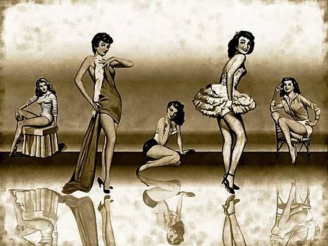 5 Sexy Women by Amanda Struz