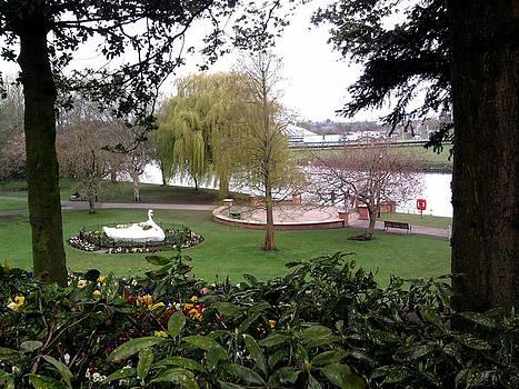 Stapenhill Gardens by Geoff Cooper