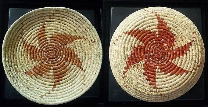 6 Point Spinning Star Plate Basket #1049 by Darlene Ryer