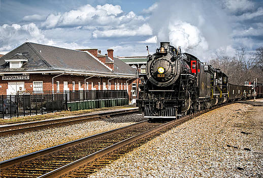 630 Rolls Through Appomattox by Mark East