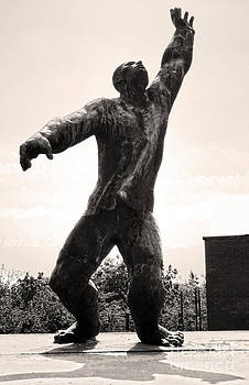 Gregory Dyer - Budapest Memento Park-Communist Statues Park