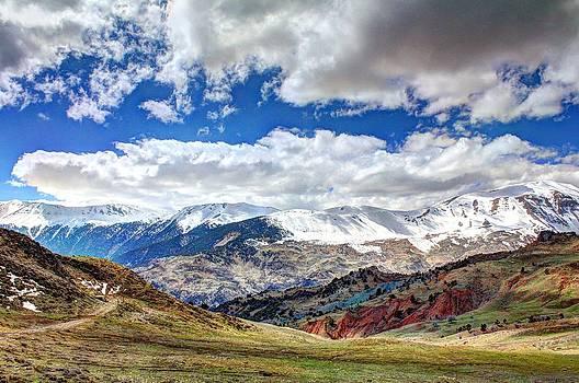 Antalya mountains by Kazim Yurekli