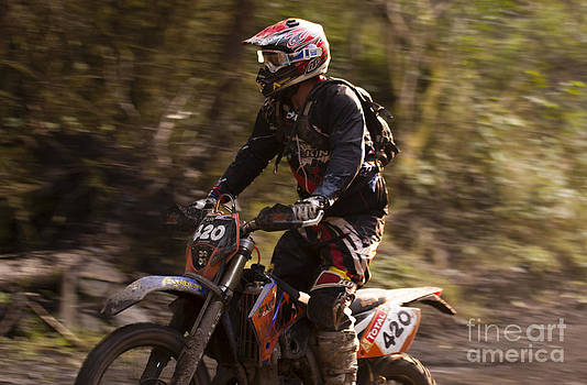 Angel Ciesniarska - Enduro race