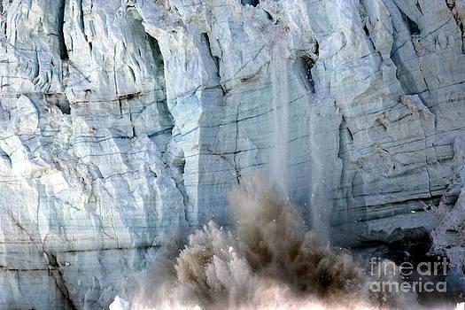 Sophie Vigneault - Glacier Collapse