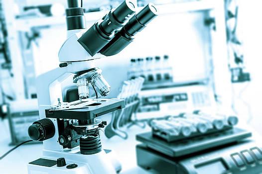 Microscope In Lab by Wladimir Bulgar