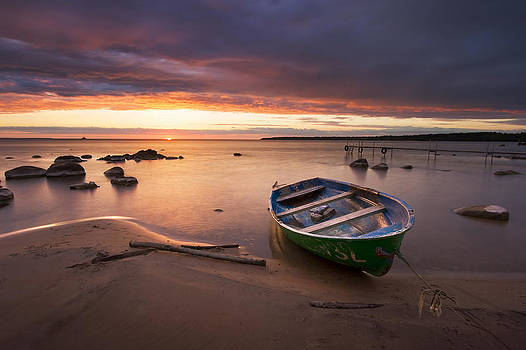 A boat at the sunset by Anna Grigorjeva