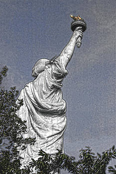 Wes and Dotty Weber - A Different Lady Liberty View