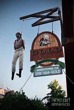 RicardMN Photography - A hanged man in Jamestown