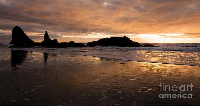 Vivian Christopher - A Lazy Evening at the Beach