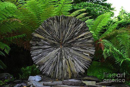 Joe Cashin - A slate wheel sculpture