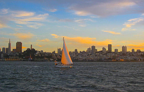 Venetia Featherstone-Witty - A Sunset Sail in San Francisco