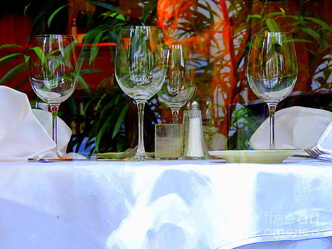 A Time To Dine In New Orleans by Michael Hoard
