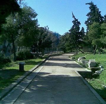 A walk around Parthenon by Katerina Kostaki
