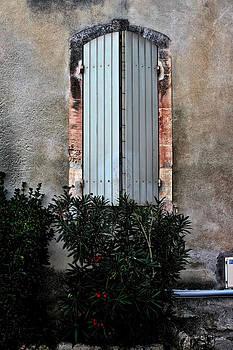 A window in France by Tom Prendergast