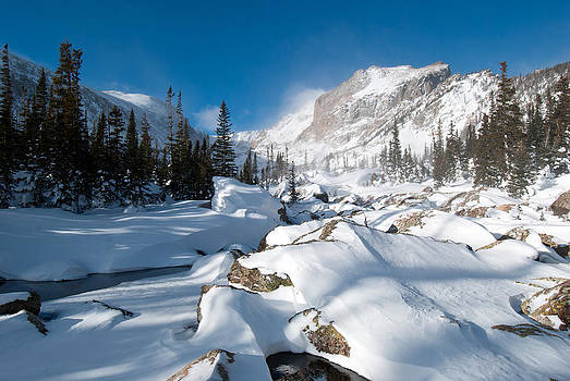A Winter Morning in the Mountains by Cascade Colors