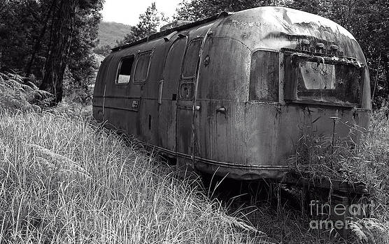Edward Fielding - Abandoned Airstream in the Jungle