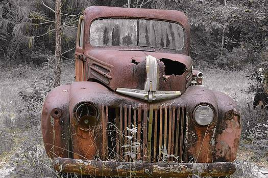 Abandoned Ford by Karsun Designs