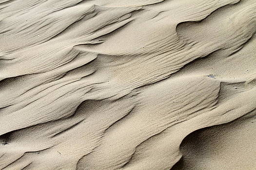Abstract sand 7 by Arie Arik Chen