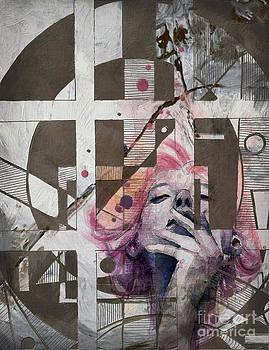 Abstract Women 01 by Mahnoor Shah