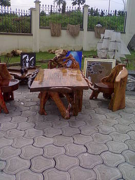 African Arts Crafts by Ngwanyam Adolf Loraterr