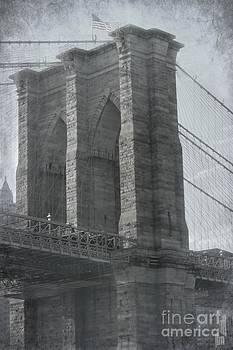 Sophie Vigneault - Aged Brooklyn Bridge