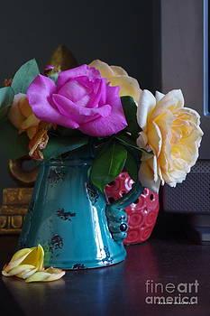 Tannis  Baldwin - Aging roses