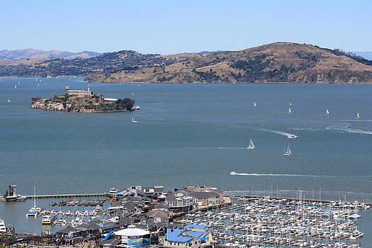 Danielle Groenen - Alcatraz with Pier 39