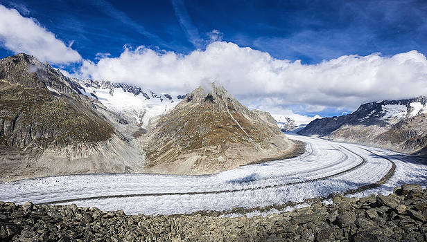 Aletsch Glacier on a beautiful sunny day by Matthias Hauser