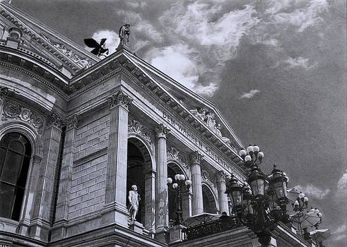 Alte Oper Frankfurt by Hirokazu Tomimasu