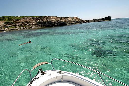 Nano Calvo - Amazing Clear Waters Of Mitjorn