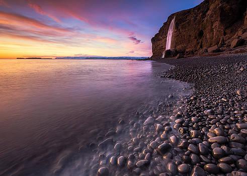 Amazing Iceland by Arnar B Gudjonsson