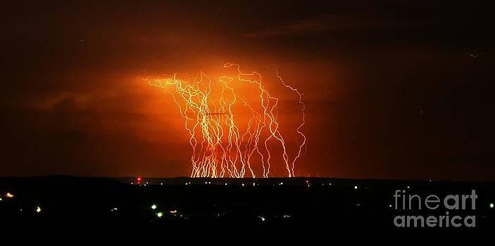 Michael Tidwell - Amazing Lightning Cluster