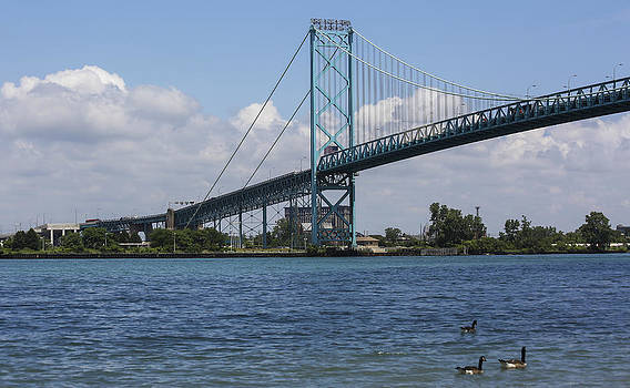 Qing  - Ambassador Bridge