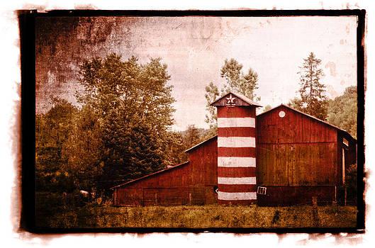 American Barn by Tom Wenger