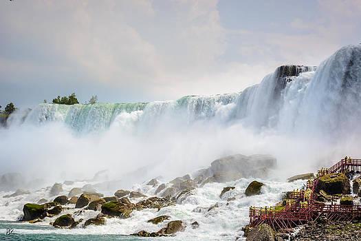 Americas Falls by Pat Scanlon