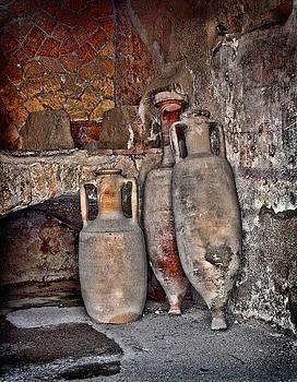 Heather Applegate - Amphora