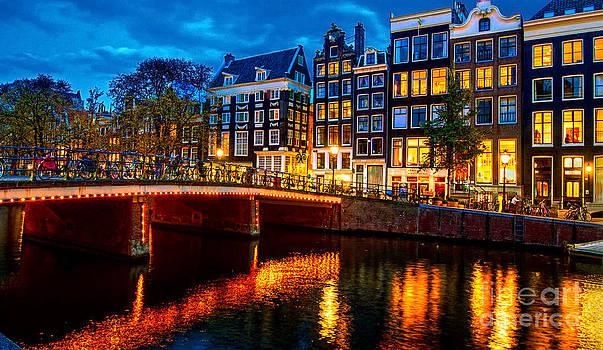 Amsterdam at night IV by Lilianna Sokolowska