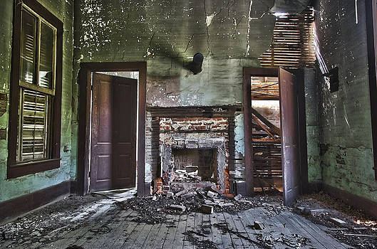 An Abandoned Life by Chris Brehmer Photography